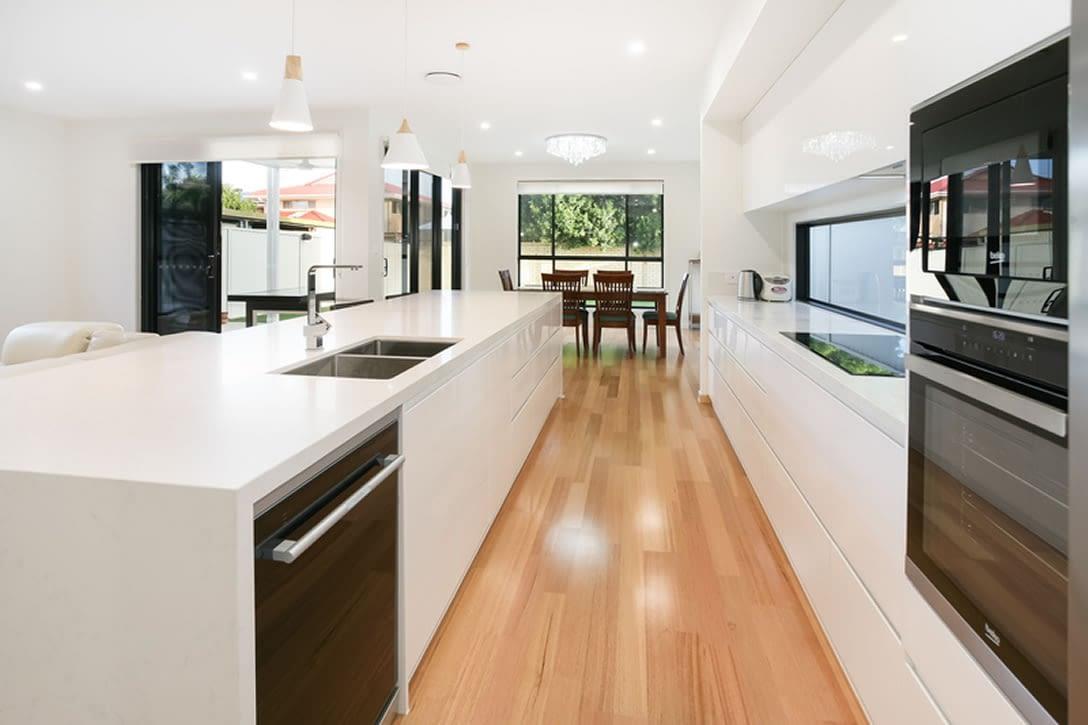 Luxury townhouse kitchen