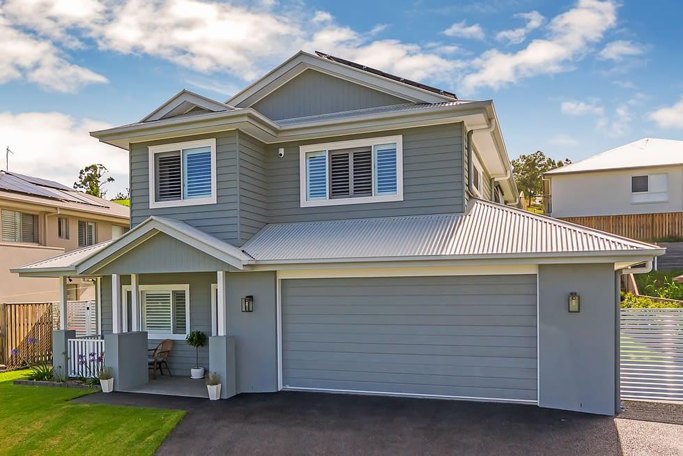 Riverstone Custom Built Home Garage view - Brisbane
